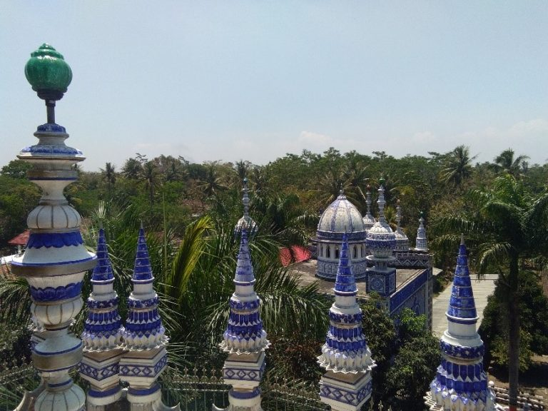 Mysterious mosque in Maalang, Indonesia